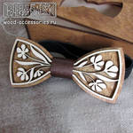 Wooden bow tie Flowers
