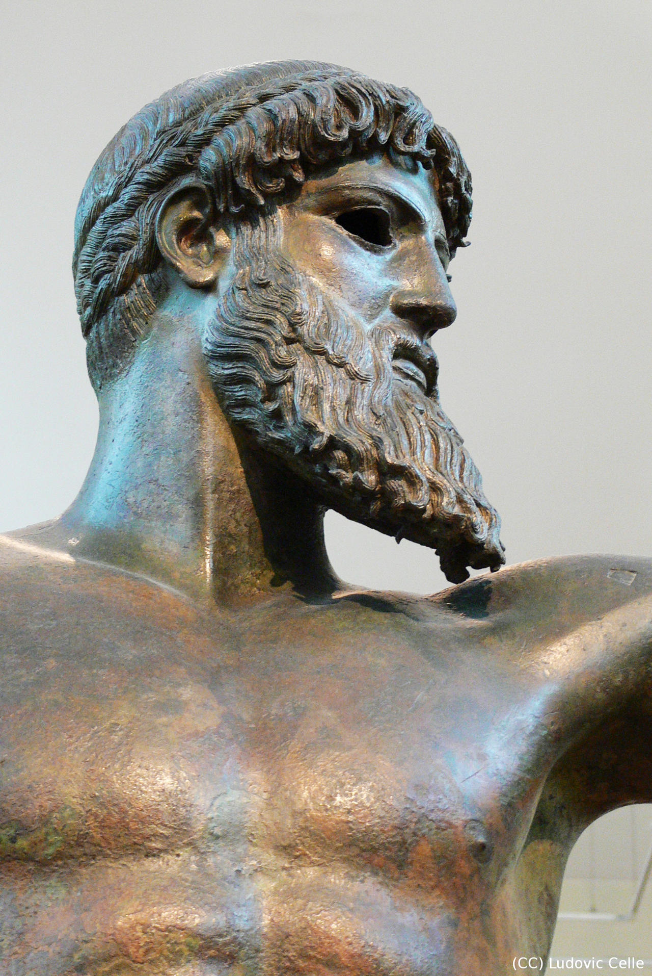 Greece - Statue of Zeu...
