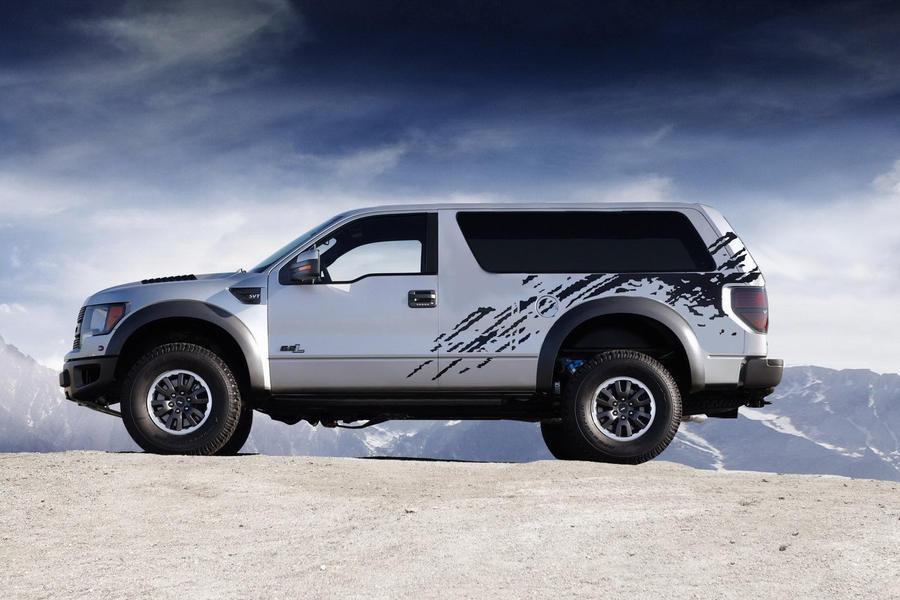 Ford Bronco SVT Raptor 2 by MVTPhotography