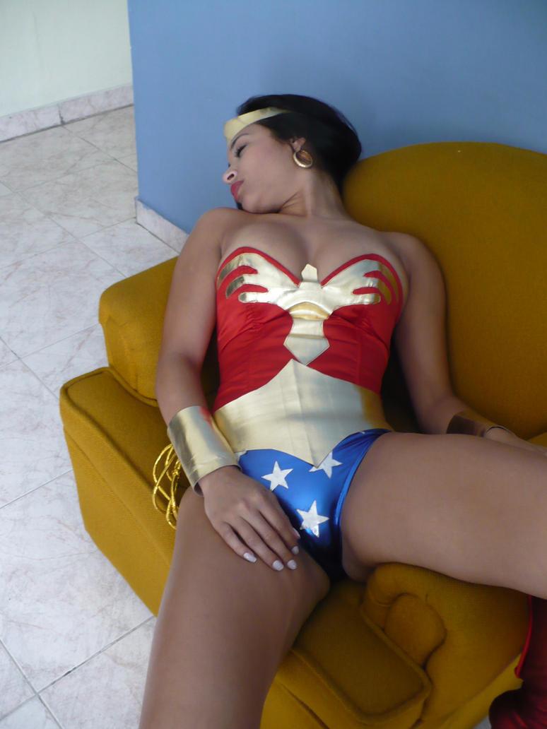 Sexy Wonder Woman: Amazon chloroformed 3 by gcsuperheroines