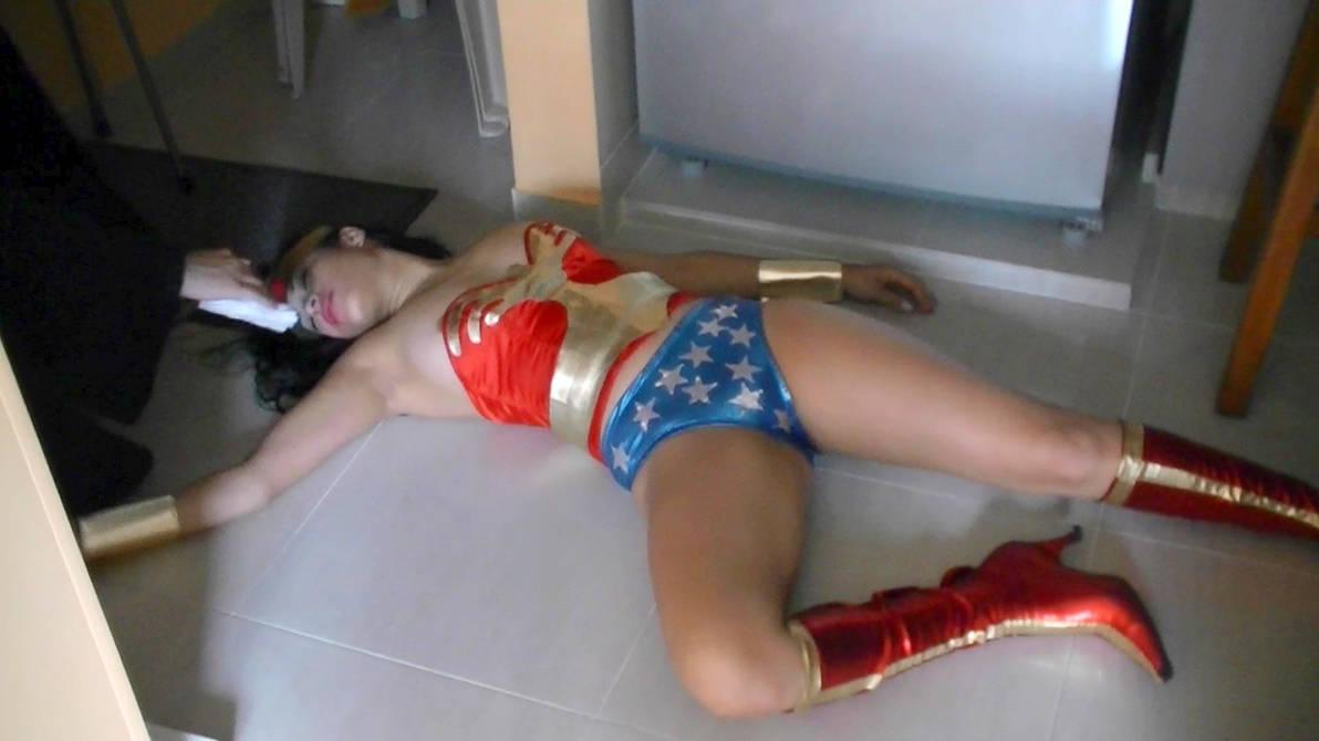 Superheroines chloro