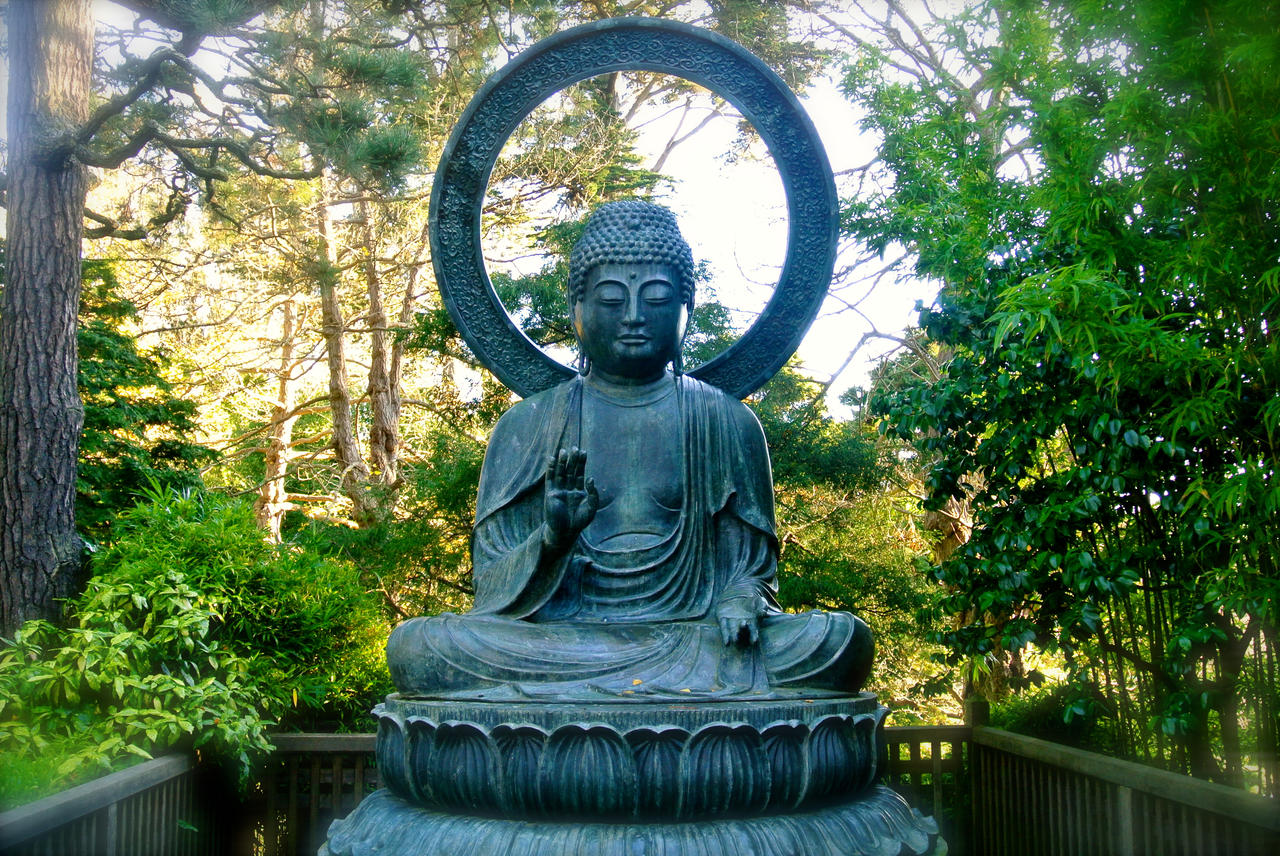 Buddha by rafaelmcsilveira