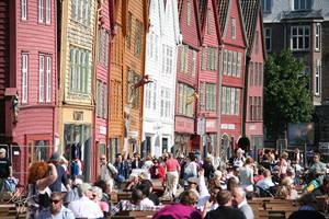 Summer at Bryggen by Gibbich
