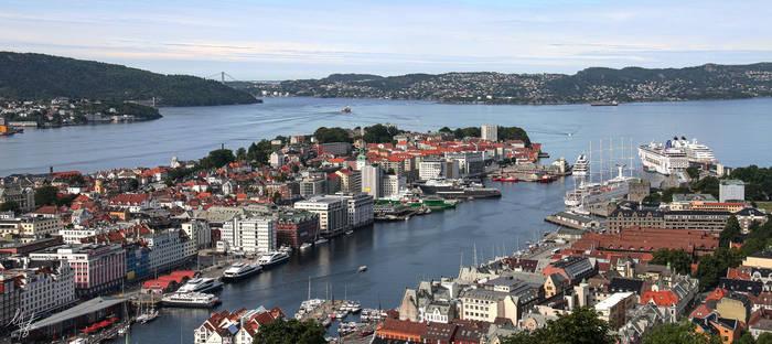 Bergen XI by Gibbich
