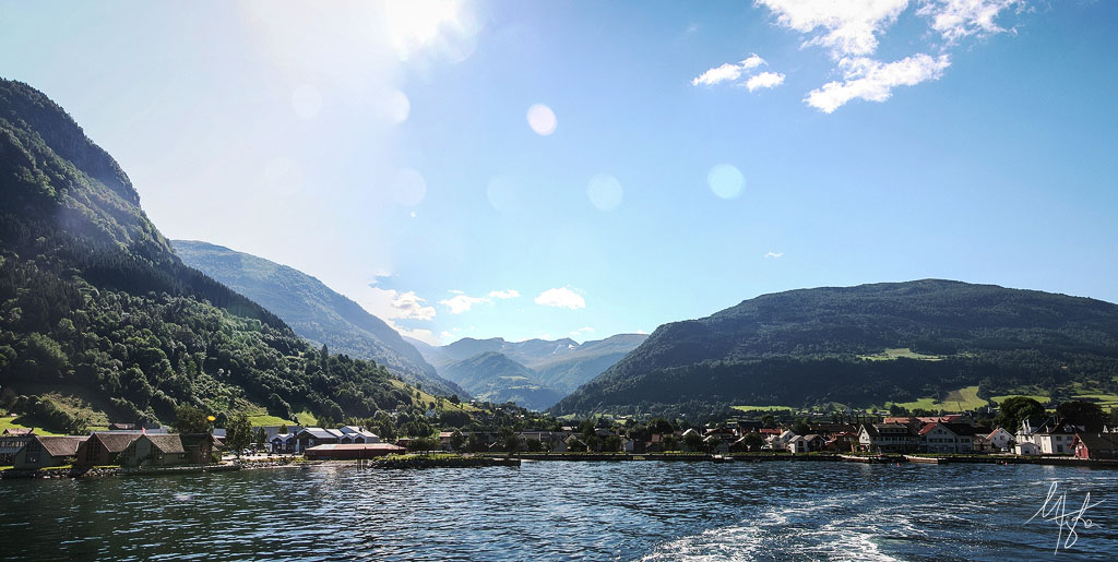 Sognefjorden II by Gibbich