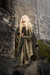 Eowyn, shieldmaiden of Rohan by Alvi