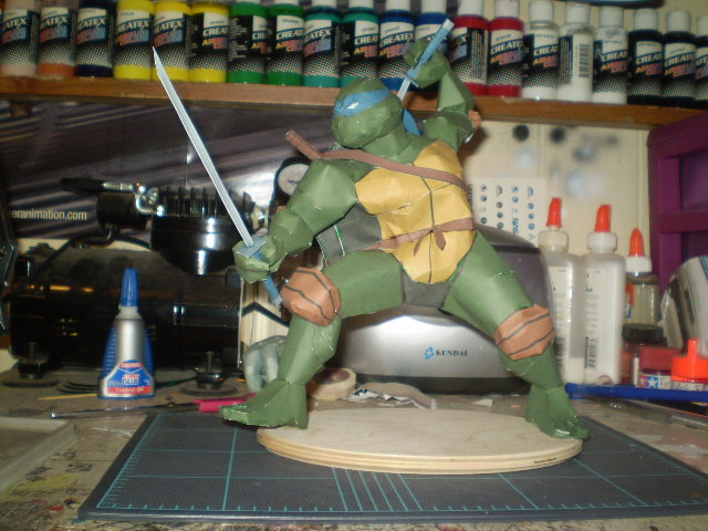 TMNT Leonardo papercraft by evan3585