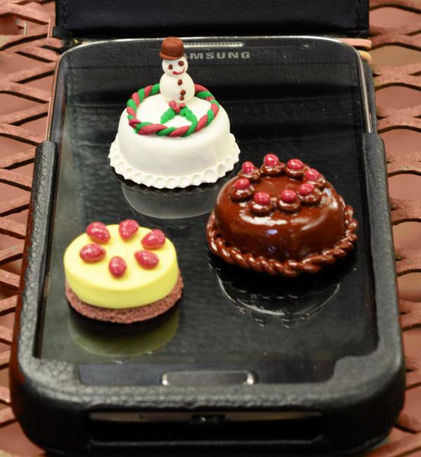 Miniature Cakes by MayEbony