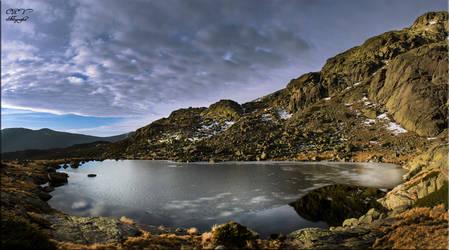 Laguna grande by legolassx