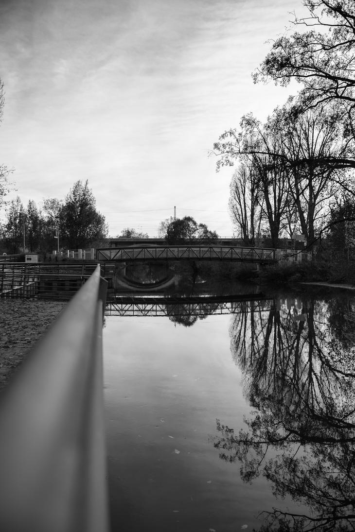 Uferpromenade by ART-Obscure
