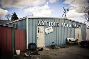 Resource: Background Antique Auto Car by elsoria