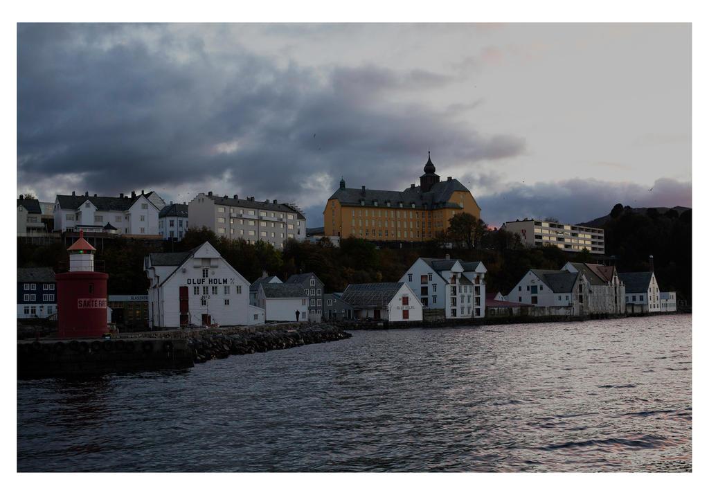 Afternoon in Aalesund, Norway by oddbjrnk