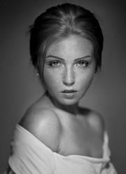 Freckles 3 by marcinwuu