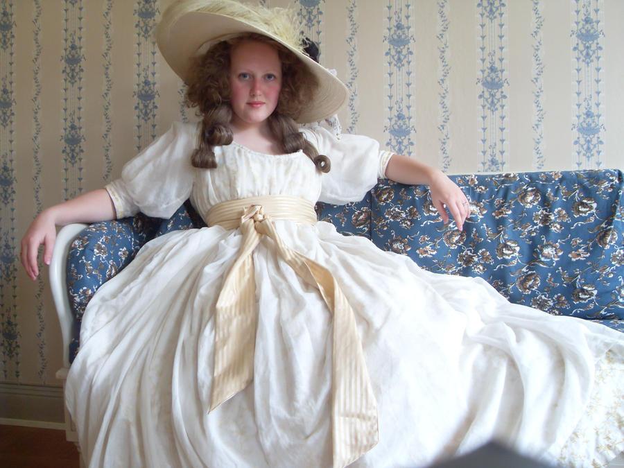 chemise de la reine by LadyCafElfenlake