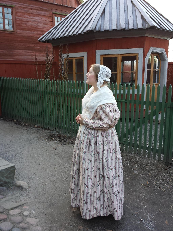 1830's day dress by LadyCafElfenlake