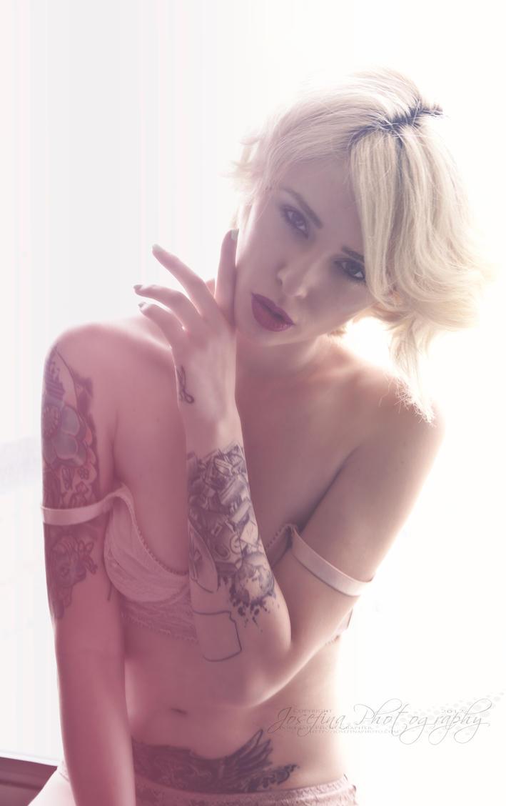 Secret's Simple Elegance by JosefinaPhotography