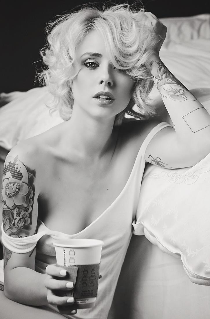 Addiction by JosefinaPhotography