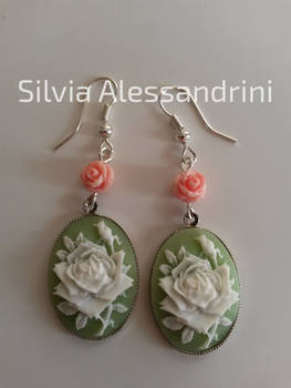 Green and pink roses earrings