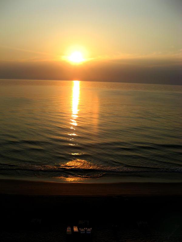 Sunrise too by Jypsie