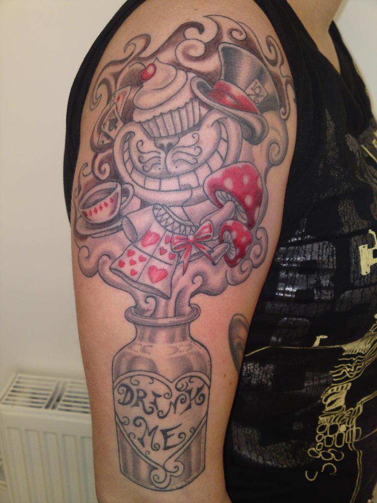 Cuty tattoo Disney Alice in wonderland : cat, bottle ...