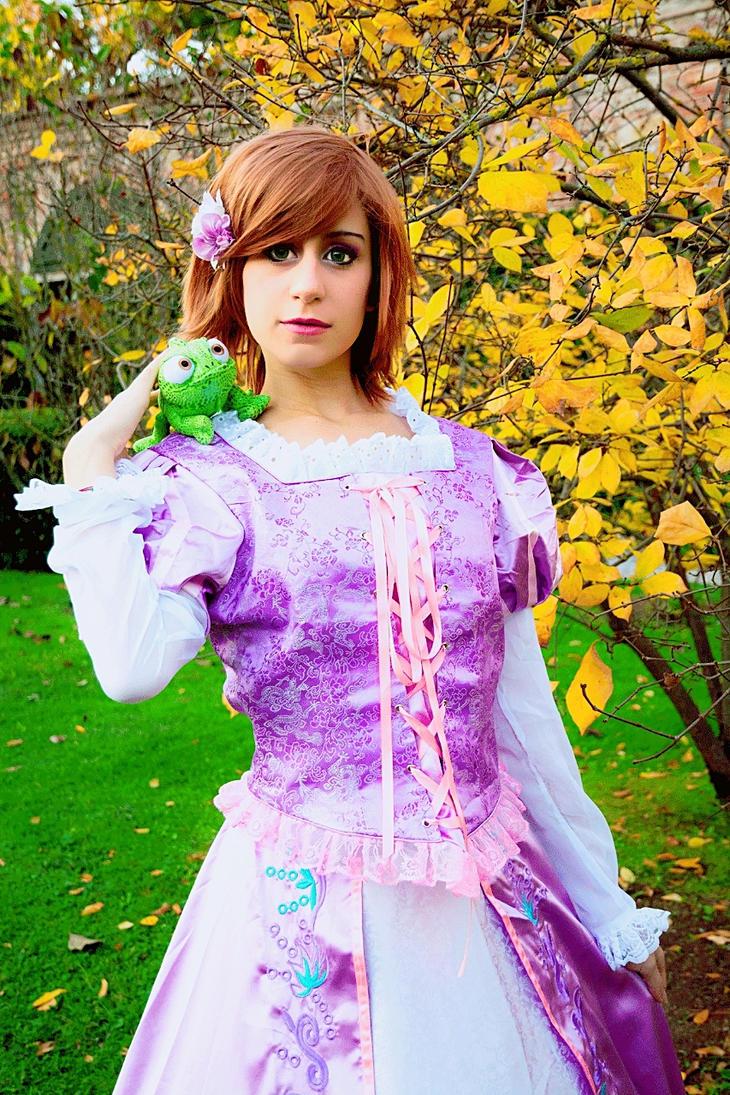 Princess Rapunzel - Tangled by Emy182