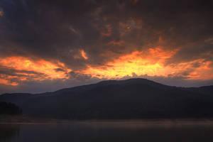 lake sunrise by seraphRo