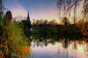 Sunset in Herastrau by seraphRo