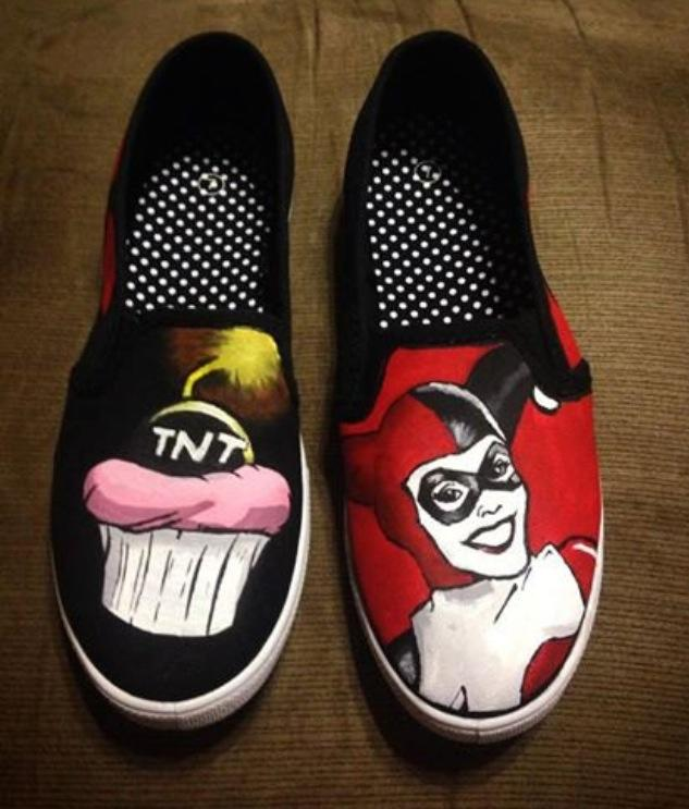 47a20691e194 Harley Quinn Painted Shoes by Because42 on DeviantArt