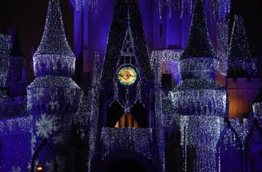 Cinderella Castle by lokifan123