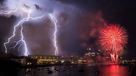 Pittsburgh Fireworks - Multiple Lighting Strikes by StevenJP