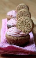 Neapolitan Oreo Cupcakes by claremanson