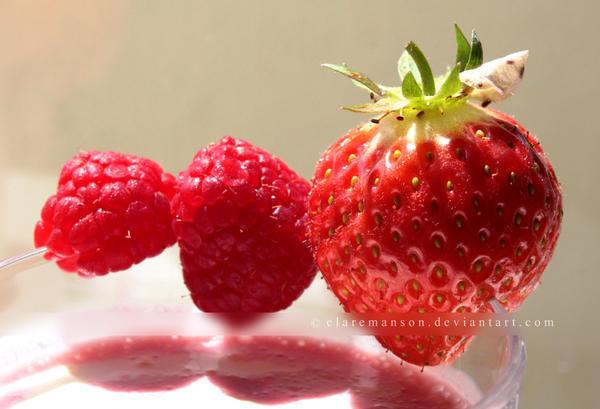 Summer Fruit Shake by claremanson