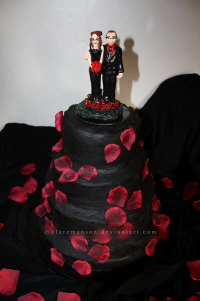 Halloween Wedding Cake by claremanson