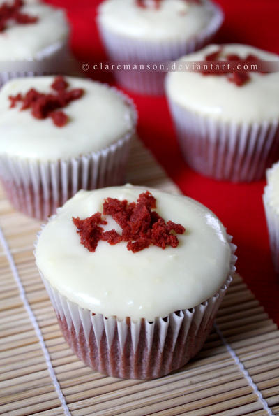 Red Velvet Cupcakes (+recipe) by claremanson
