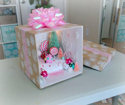 Pokemon Christmas Present Terrarium - Jigglypuff