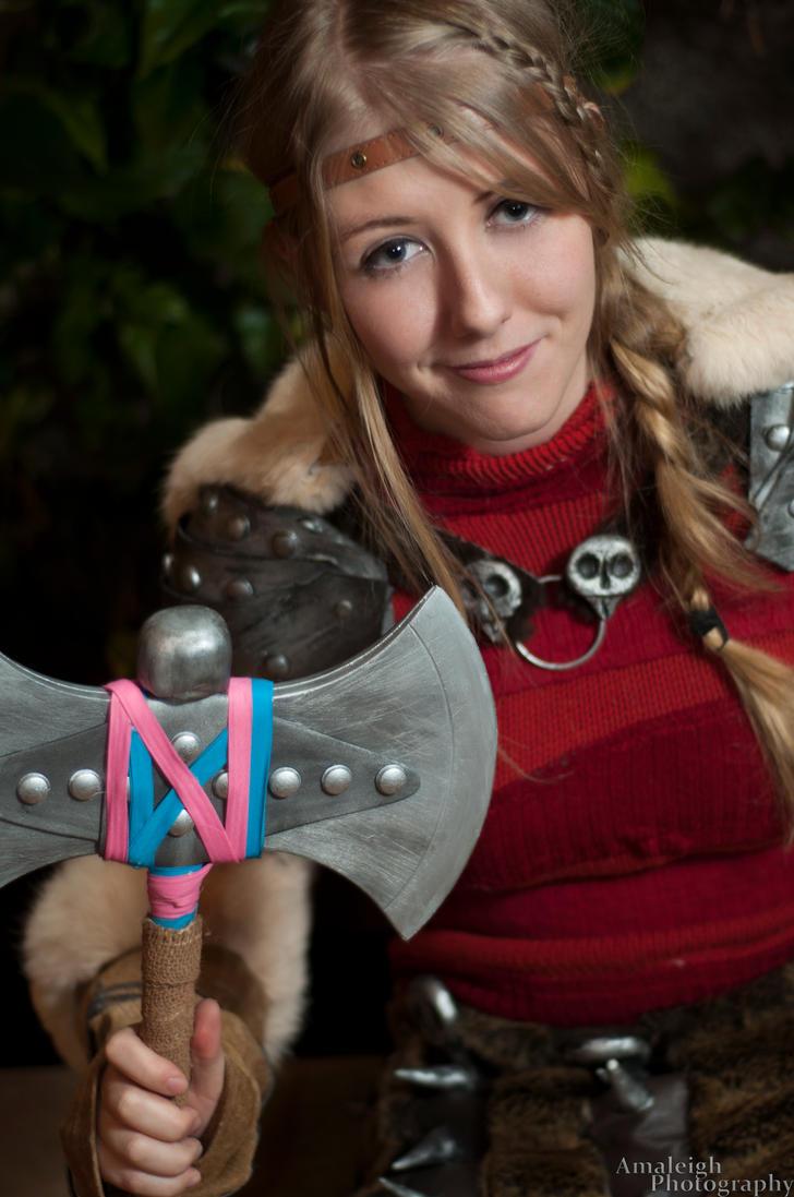 She's only twenty - and a Viking! by tayyrawr