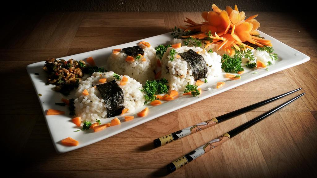 Food Art - Onigiri Plate by XResch