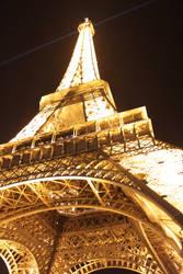 Eiffel Tower by spawn00000