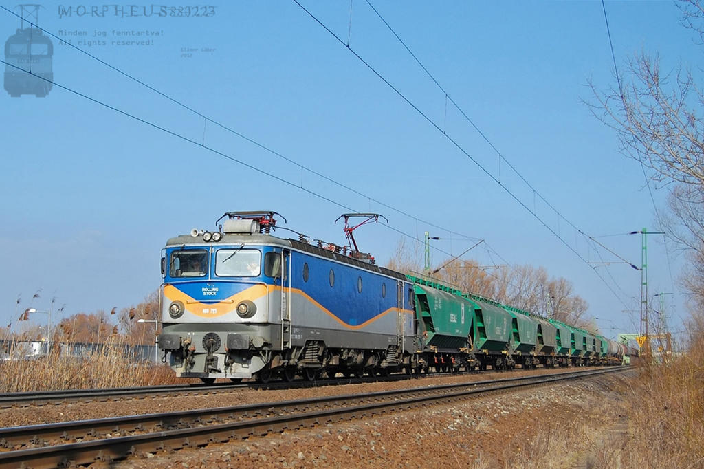 400 795 with a goods train between Gyor and Abda by morpheus880223