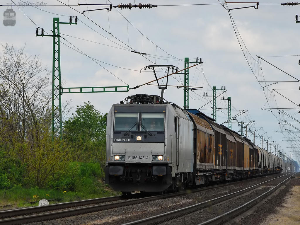 186 143 with freight in Hegyeshalom by morpheus880223