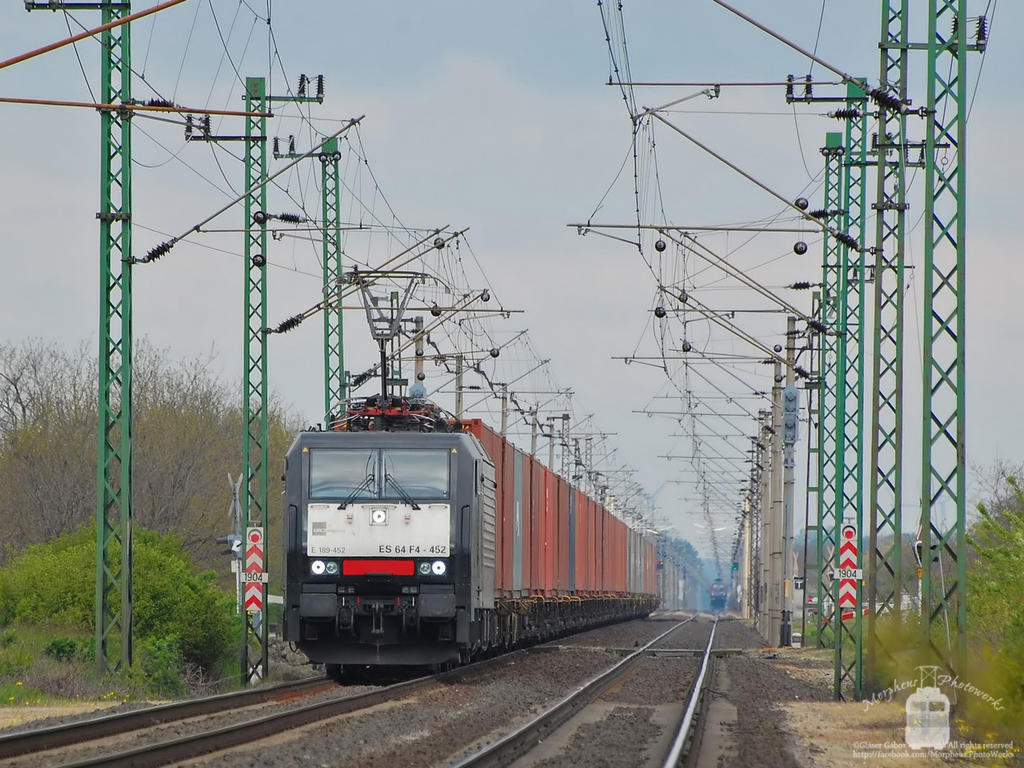 ES64F4 452 with container train in Hegyeshalom by morpheus880223