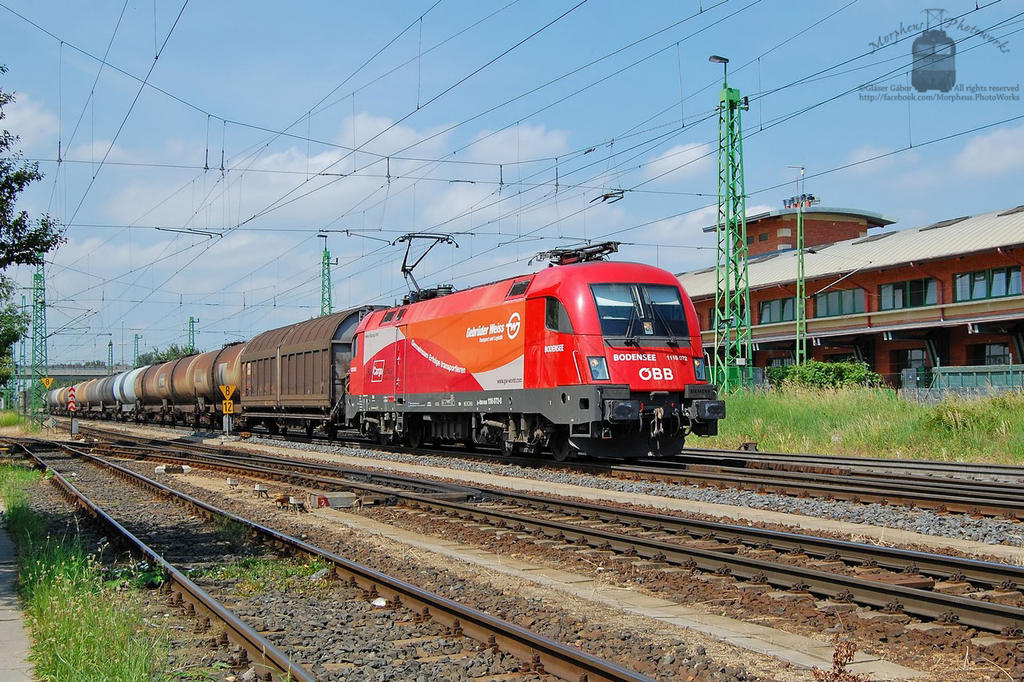1116 072 with freight train in Gyor by morpheus880223