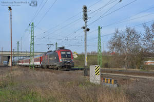 470 503 with an IC train in Gyor - 2016 - by MorpheusPhotoworks