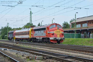 Two Nohab pass with a special coach in Gyor by MorpheusPhotoworks
