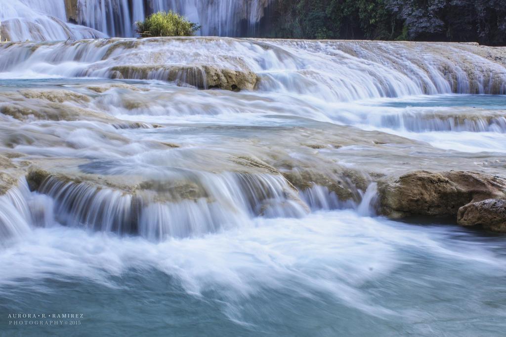 Cascadas Agua Azul by Lethalxr0se