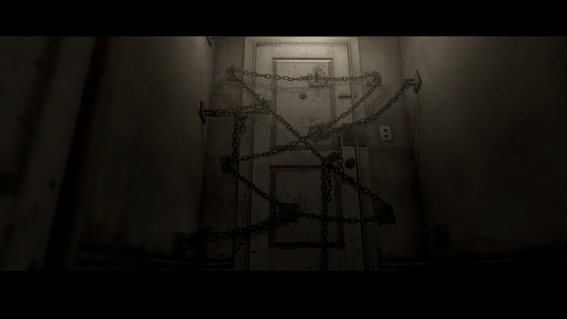 http://fc01.deviantart.net/fs70/f/2012/169/a/2/silent_hill_4_the_room_random_sh4_hd_screenshot_2_by_darkreign27-d5402u9.png