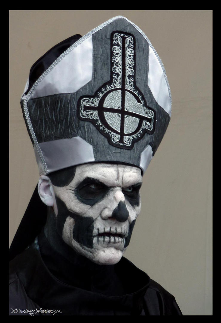 Ghost - Papa Emeritus II - Hellfest 2013 by Wild-Huntress ...