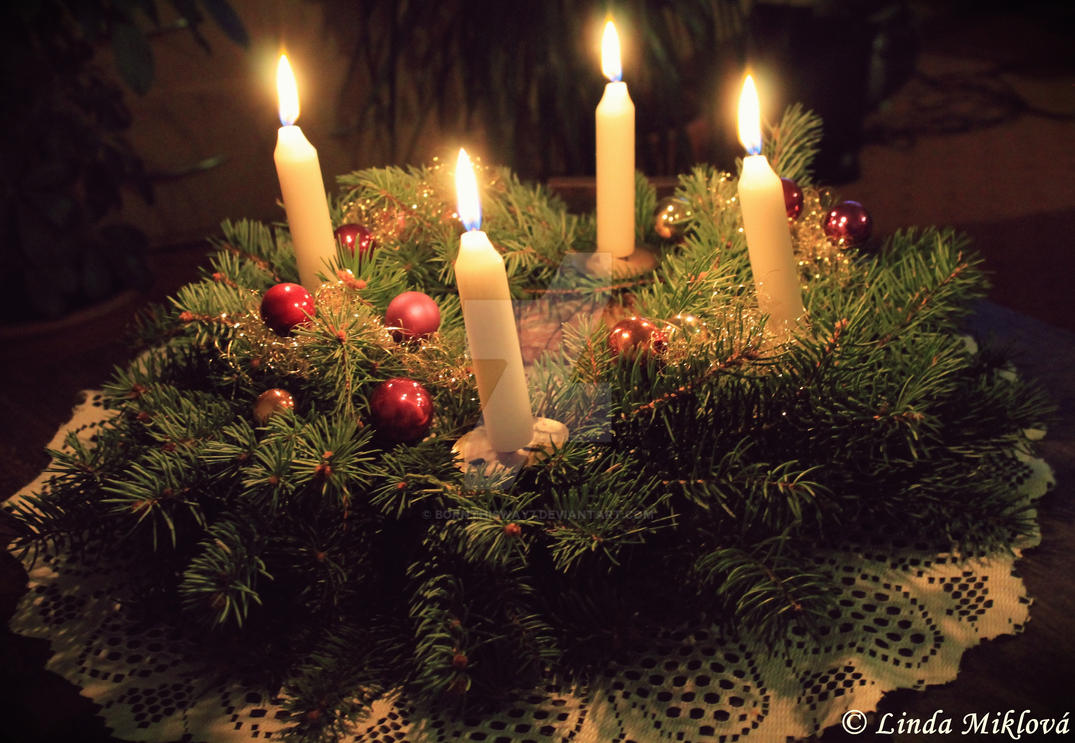 Advent wreath by bornthisway7