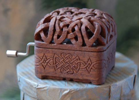 music box woodcarving 3