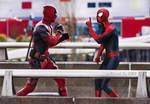 Spidey vs Deadpool